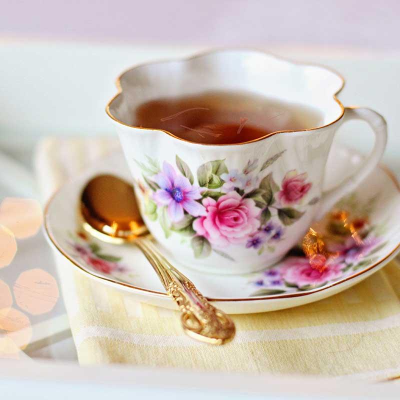 Safran Tee